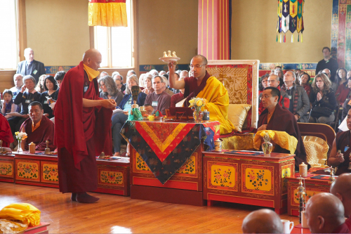 6.4.4-Lama-Tashi-serving-HH-in-puja